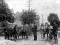 b.00950 Vejfolk på langgyden o. 1900